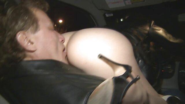 XXX keine Registrierung  Nicole Ritter pornofilme von reifen frauen