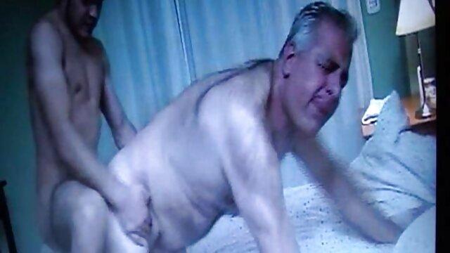 XXX keine Registrierung  Klempner Betrügen sexfilme mit älteren damen