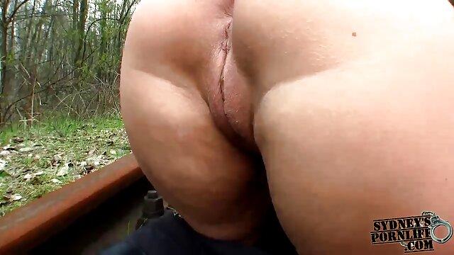 XXX keine Registrierung  Mischen Von Öl Und reife frauen pornofilm Wasser Pt 2
