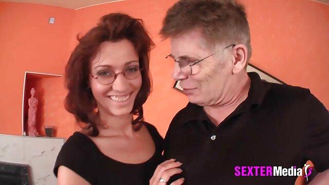 XXX keine Registrierung  Große Brüste Zusammenstellung pornofilme mit frauen ab 50