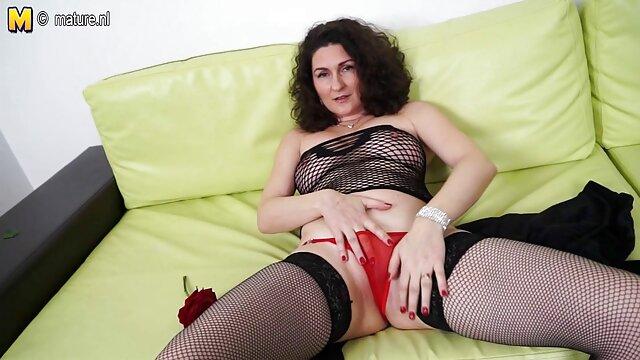 XXX keine Registrierung  Foxxy und Melanie Brooks pornos für ältere Spaß Haben