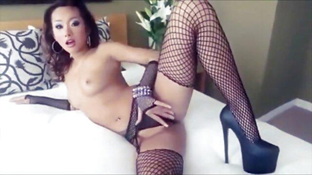 XXX keine Registrierung  Gush sexfilme mit reifen frauen Groupie