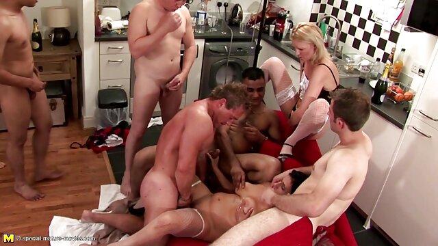 XXX keine Registrierung  Sexy sexfilme ab 50 TS Chanel Santini Genießt Creampie Orgie